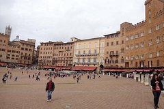 Medieval Siena: a dive into the past.
