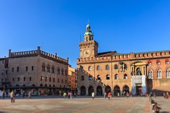 Private Luxury Transfer from Florence to Venice with stops in Bologna and P