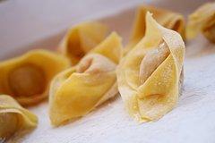 Milan Gourmet food tour - Do Eat Better Experience