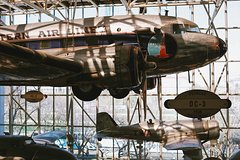 Private Smithsonian Guided Tour: Air & Space Museum & Museum of American History