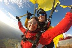Imagen 9000ft Tandem Skydiving in Taupo