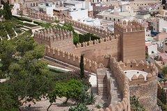 Imagen Skip-the-Line Alhambra and Generalife Gardens Tour in Granada