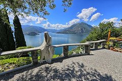 Private cruise and soft-trekking on Lake Como