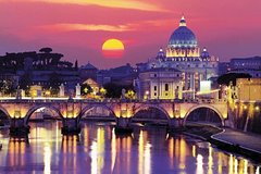 Legends and Ghosts of Rome: Night Walking Tour