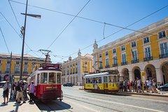 Imagen Combinado en Lisboa: 48 horas de autobús con paradas libres en tranvía y Yellow Boat Cruise