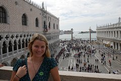 Venice Combo:Skip-the-Line Doges Palace & St. Marks + Murano and Burano