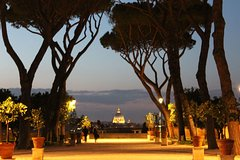 To the sunset to the night private 3 hours tour in Rome