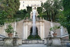 Private tour in Tivoli with driver and limousine.