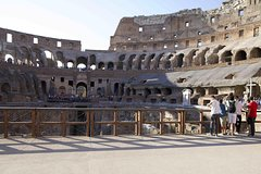 Skip-The-Line Colosseum Arena, Roman Forum & Palatine Hill Tour