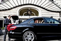 Airport Transfer Arrivals Plus Tour of Rome