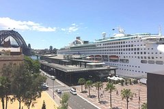 699d298304 Imagen Shuttle Transfer from Cruise Ship Terminal at Circular Quay to  Sydney Airport