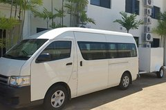 Airport Transfer to or from Port Douglas hotels for up to 13 people (7am-10pm)