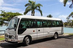 Airlie Beach Queensland Shuttle from Proserpine Airport to Airlie Beach 31708P1