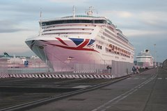 Rome Airport to Civitavecchia Transfer with 2 hours City Tour