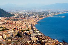 Transfer from Salerno to Naples with stop at Pompeii
