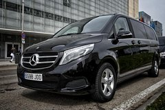 Imagen Private Departure Transfer in Luxury Van: From Paris to Charles de Gaulle Airport