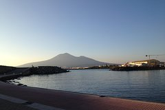 Transfer from Naples to Sorrento with 2 hours stop in Herculaneum with private Guide