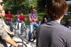 3 Hours Bike Tour in Milan