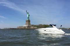 Luxury Boat Tour and One World Observatory Admission