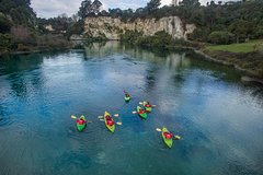 Imagen 2-Hour Waikato River Guided Kayak Trip from Taupo