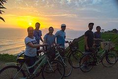 Imagen Bike Tours Miraflores - Barranco + Huaca Pucllana!