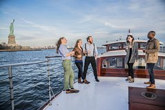 1-Hour New York Harbor Sightseeing Cruise from Lower Manhattan