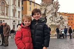 Private Kid-Friendly Rome Highlights Tour by Alessandra w Spanish Steps & Trevi
