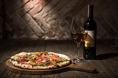 Rome: Wine Tour & Pizza Making Class in a Frascati's vineyard - 5 hours