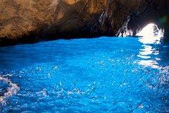 Capri Island tour with Blue Grotto