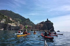 Paddle Cinque Terre secret coast