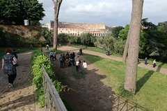 Palatine Hill, Roman Forum Colosseum. Tour with archaeologist, skip-the-lin