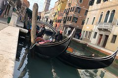 Venice Exclusive Private Walking Tour with a licensed tour guide (no groups)