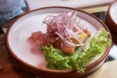 Imagen Market Tour and Gourmet Peruvian Cooking Lesson with a Professional in Urubamba