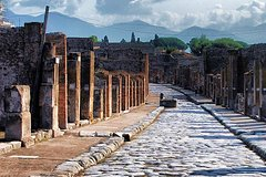 Private Guided Tour of Pompeii. Sunset Tour
