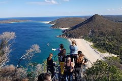 Imagen Port Stephens Beach Day Trip from Sydney Including Barbecue Lunch