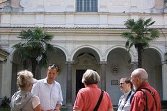 Expert-Led Private Tour of the Fall and Rise of Rome