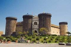 Private tour: 3-hours discovering Naples with driver
