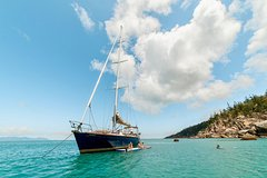 Imagen Magnetic Island Sailing BBQ Lunch Cruise