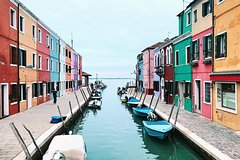 Small Group Full Day Tour to Murano, Burano, Torcello,and Mazzorbo