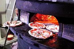 Tasty Ancient Naples & San Gregorio Armeno Food, Wine and Sightseeing Tour