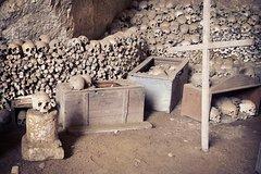Private Tour of the Cimitero delle Fontanelle a Mater Dei and the Sanità