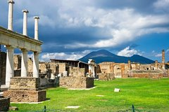 Pompei & Vesuvius - Private Driving Tour