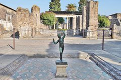 Private Day Trip from Rome to Pompeii Ruins & Amalfi Coast with Hotel Pickup
