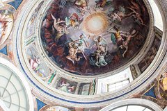 Private Vatican Tour with Sistine Chapel, Fast-Access Tickets & Hotel Pickup
