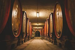 4 days: Tuscan Wine Collector tour-A multi-day package experience 4 wine lovers!