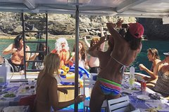Cinque Terre Private Lunch boat tour