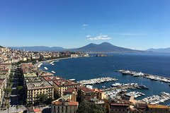 Private daily car tour of Naples and Caserta