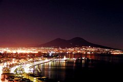 Naples by Night with Romantic Dinner: Luxury Experience
