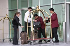Airport Porterage Service - MXP, LIN, FCO