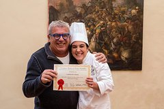 8 Day intense weekly cooking course from Florence